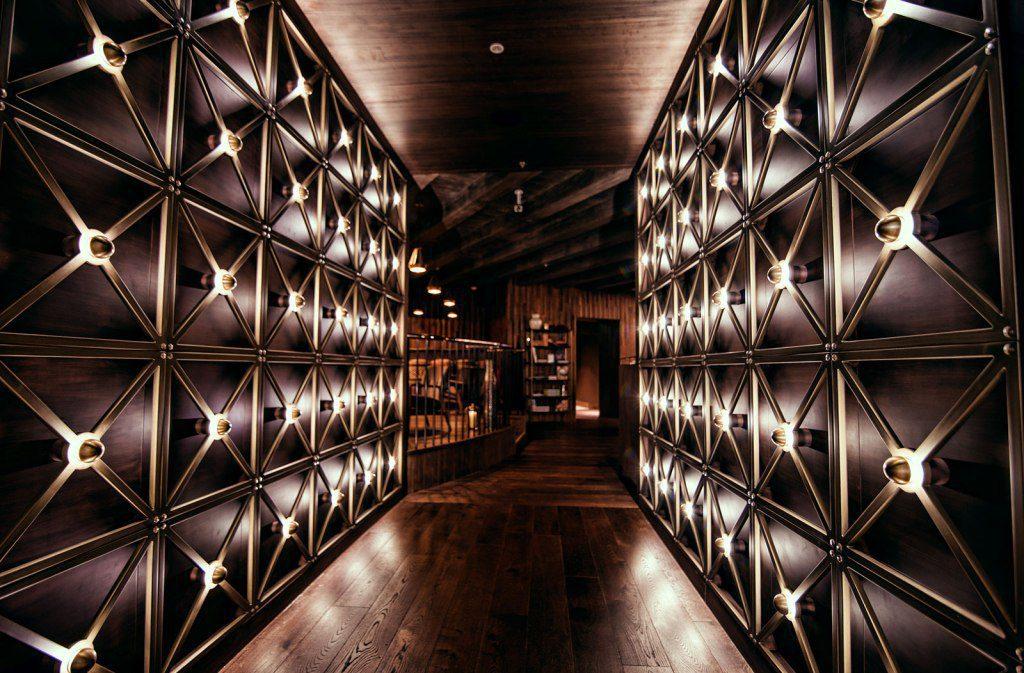 Zahira Restro & Lounge