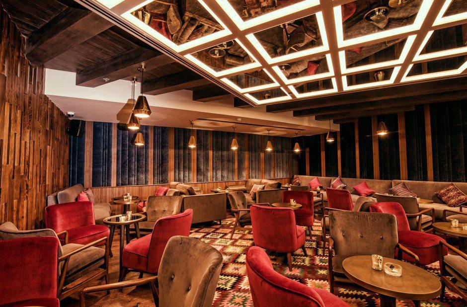 Zahira Restaurant & Lounge